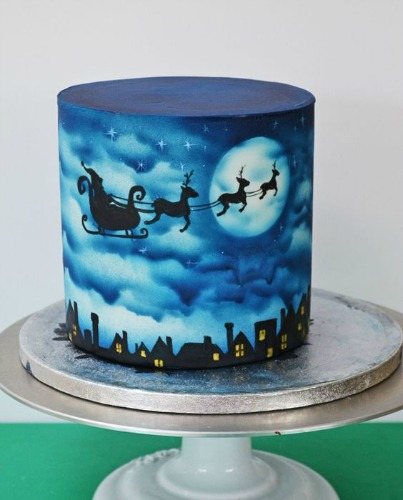 Best Cake Decorating Airbrush Uk : Top 10 Christmas Themed Cakes Angel Foods
